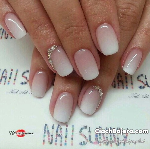 Delikatne manicure ombre